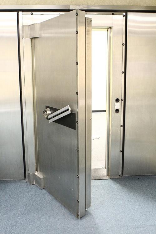 The D safe