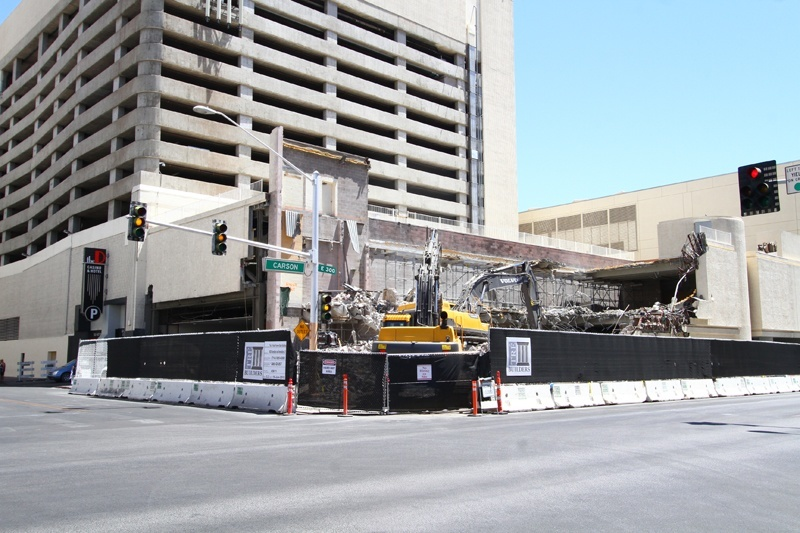 The D demolition