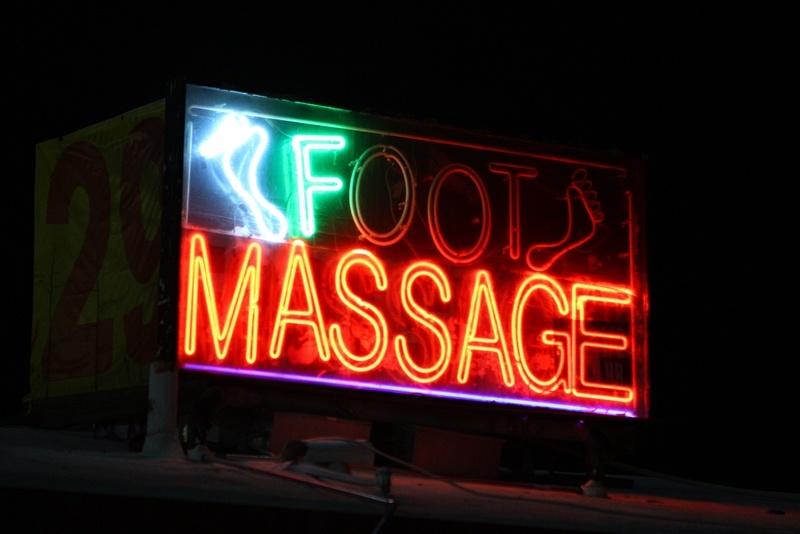 F massage sign