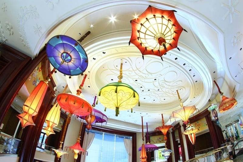 Wynn parasols
