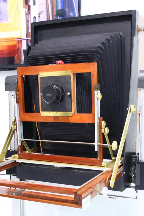 Polariod camera