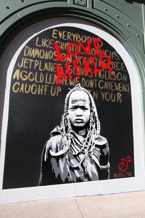 Linq mural