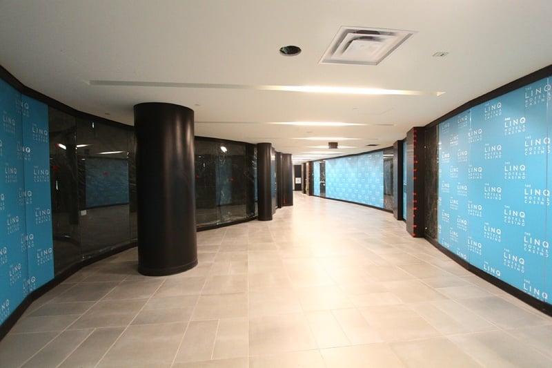 Linq Hotel shopping