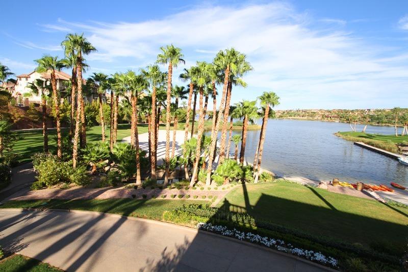 Reflection Bay Lake Las Vegas