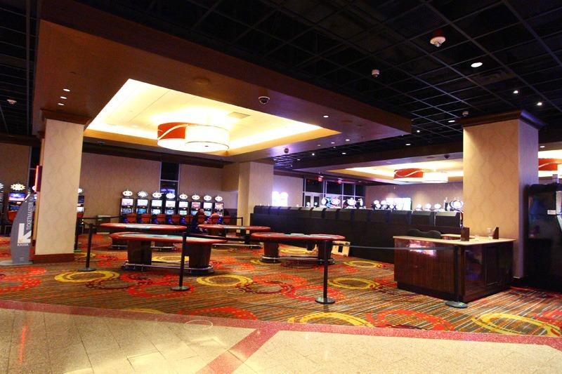 Linq poker room