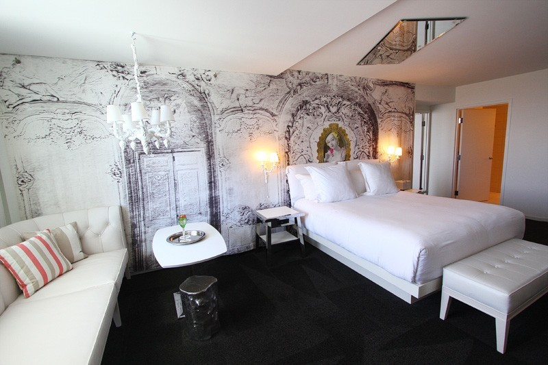 SLS Las Vegas suite