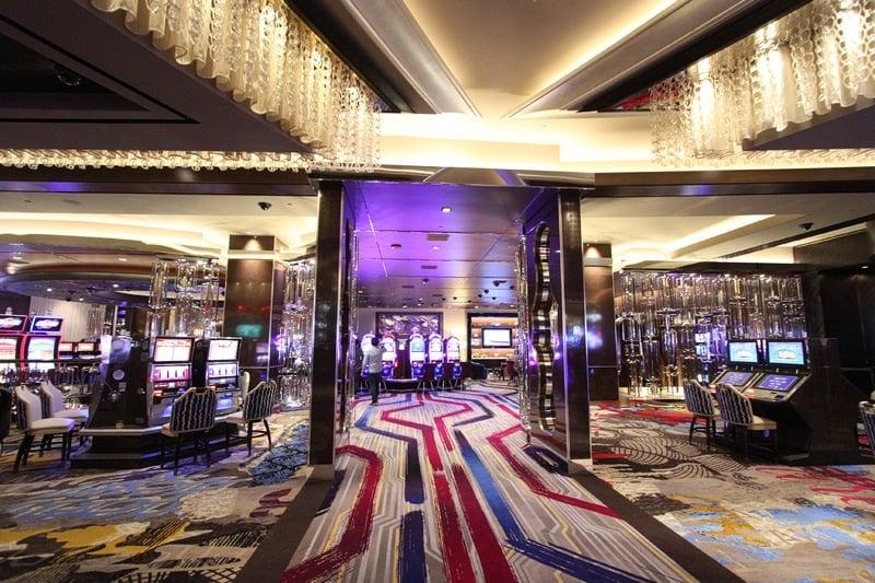 slots lounge