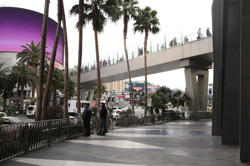 Las Vegas pedestrian bridge