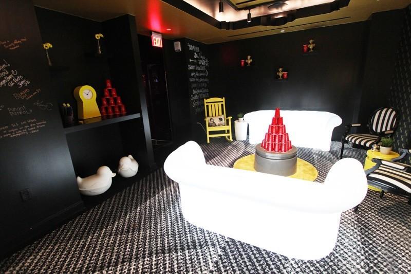 SLS Story lounge