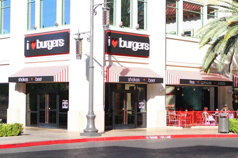I Love Burgers Town Square closed