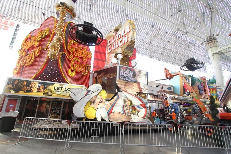 Vegas Vickie removal