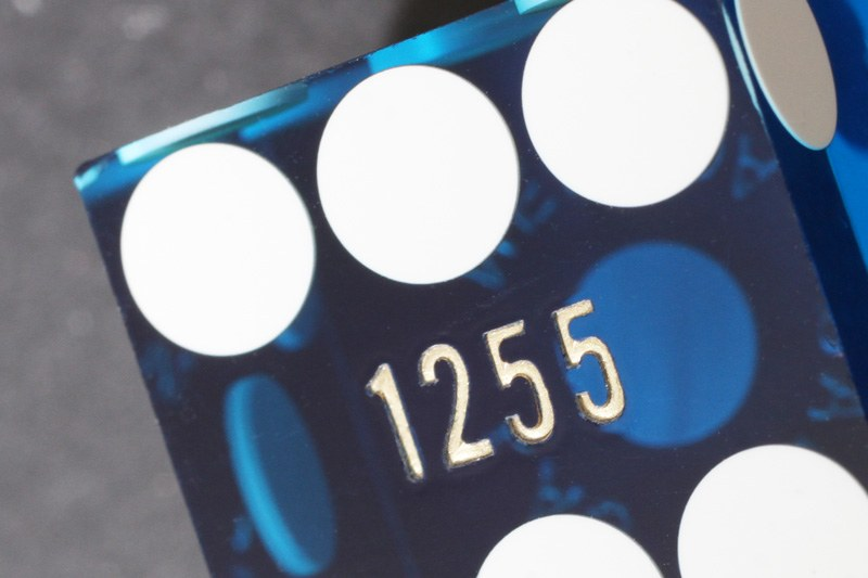 Dice serial number