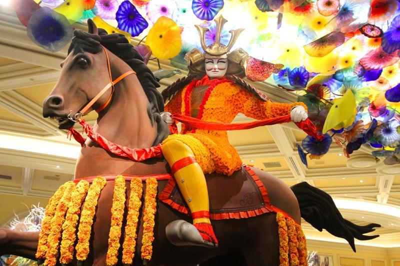 Bellagio lobby horse rider