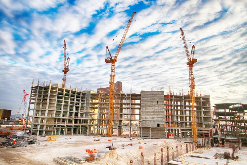 Resorts World cranes
