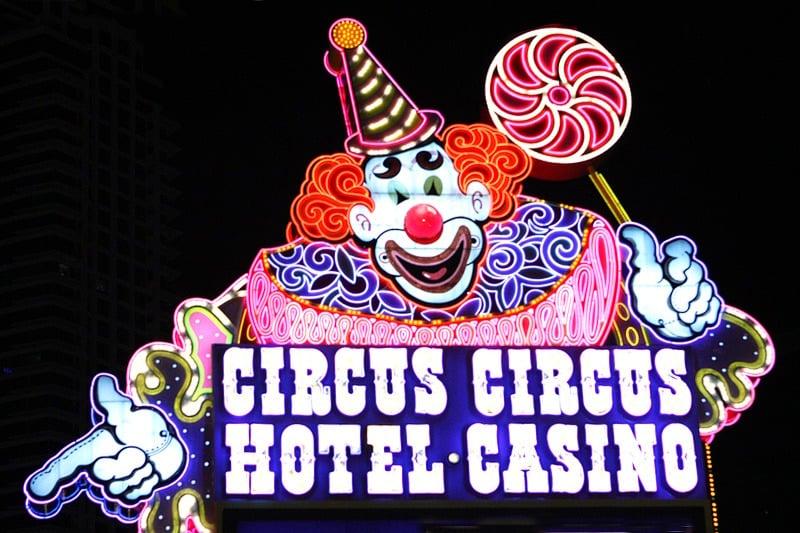 Circus Circus Lucky clown