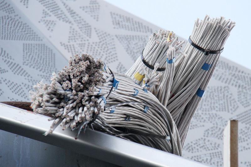Starburst wires