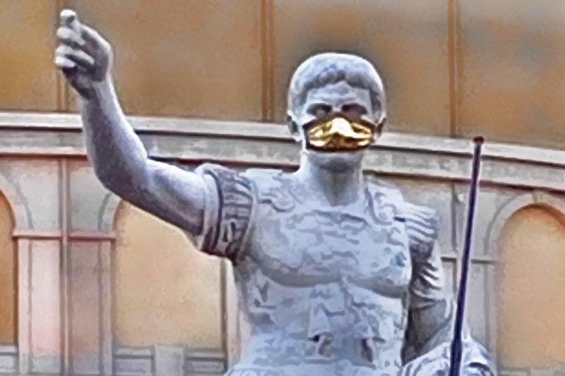 Caesars mask
