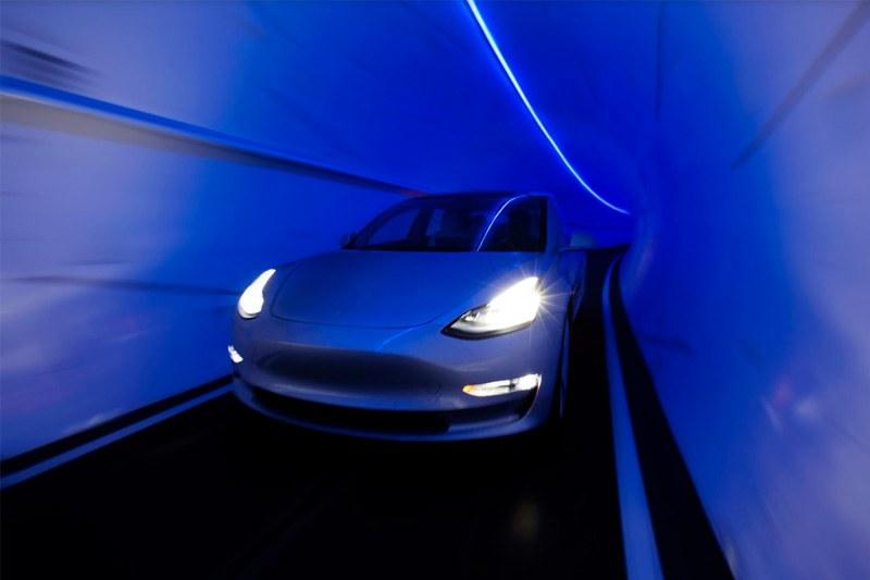 Elon Musk tunnels