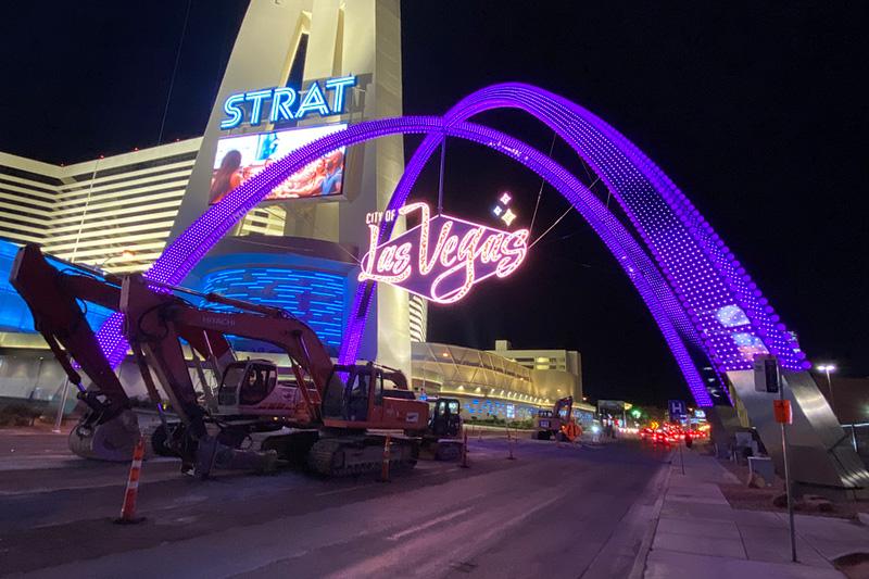 Downtown gateway arch