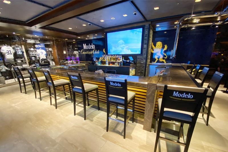 Raiders bar M Resort