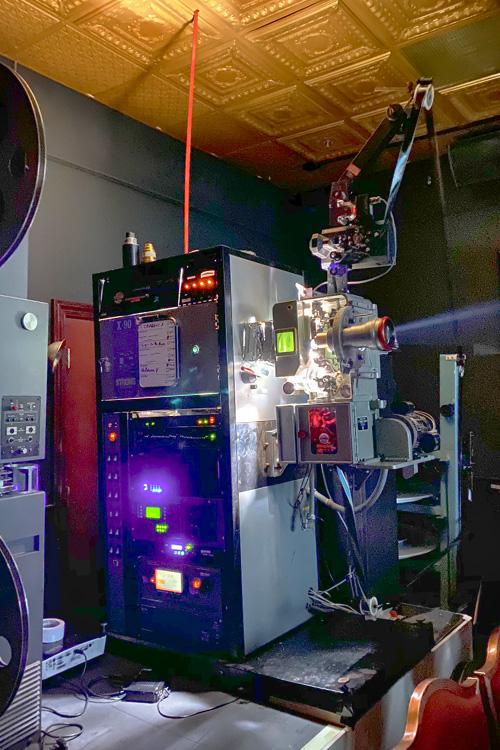 Cinema 35 Neonopolis