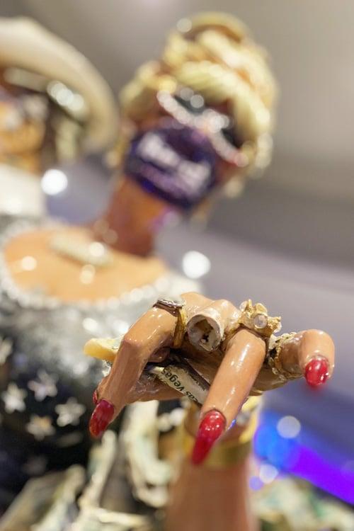 Winnie Harrah's fingers